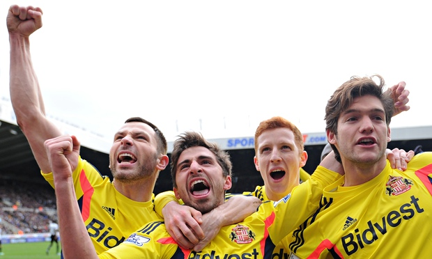 Fabio Borini celebrates with teammates