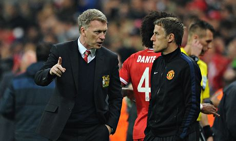 Manchester United's Phil Neville: I can't look at Premier League table