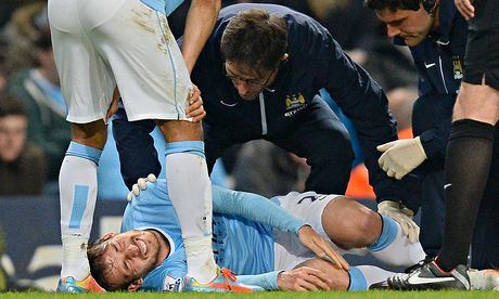 Manchester City worried as David Silva's ankle problem returns