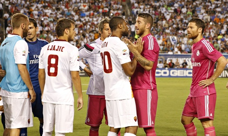 Internasional Liga Italia  - Kisruh Laga Real Madrid vs AS Roma, Ini Alasan Keita Lempar Botol Ke Pepe