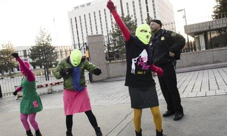 Solidarité Vigil Pour Pussy Riot Performance anniversaire