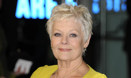 Judi Dench at the premiere of Nine Photograph: NEIL TINGLE/ALLSTAR ...