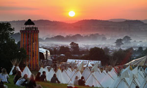 Fans begin to arrive for this year&#39;s Glastonbury Festival