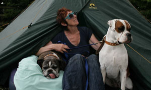 Michele Hanson and dogs at dog training boot camp