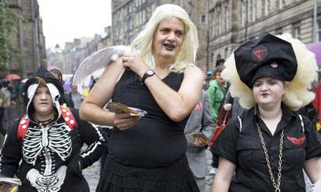 Stephen Moss flyering on the Royal Mile