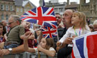 Patriotic crowds cheer Rebecca Adlington