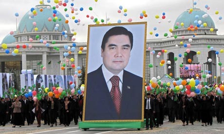 Saparmurat Niyazov, Diktator Turkmenistan Beserta Eksentrisitasnya
