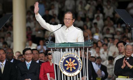 benigno aquino iii. Benigno Aquino III, sworn in
