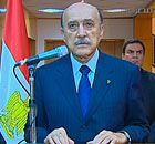 Egyptian Vice President Omar Suleiman delivers an address in Cairo