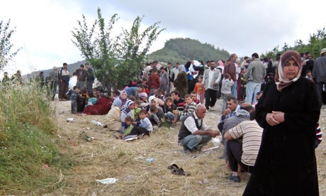 syrian-refugees-turkish-border