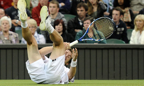 Daniel Gimeno-Traver slipped and fell on grass that was slick with condensation