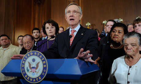 MDG : US debt / US Senate Majority Leader Harry Reid delivers remarks on the debt negotiations
