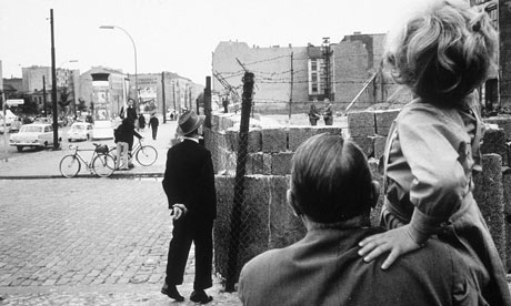 Who Built The Berlin Wall 1961 Berlin Wall August 1961