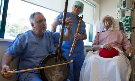 Guardian story photo of doctor-musicians at a hospital in Istanbul