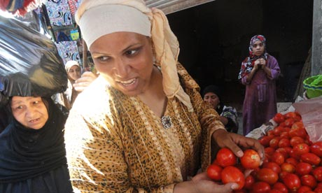 Ghalia Mahmoud picks out tomatoes before her live show last week.