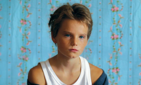 Zoé Héran as Laure, the girl who wants to be known as Michaël, in