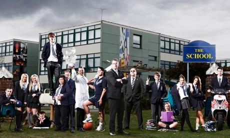 Stephen Drew, teachers and pupils outside Passmore school