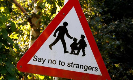 Sign saying 'Say no to strangers'