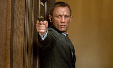 [Image: Daniel-Craig-in-Skyfall-010.jpg]