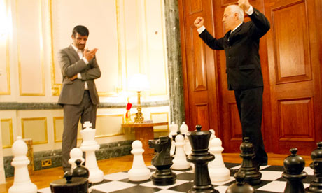 Lookalikes of Ahmadinejad and Netanyahu posed by Alison Jackson for Nuclear War Games.