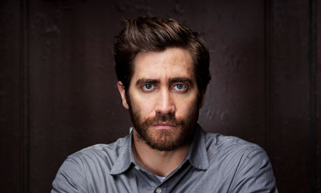 [Image: Jake-Gyllenhaal-Mike-and--010.jpg]