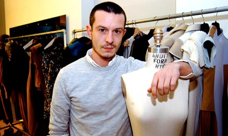 Jonathan Saunders, fashion designer