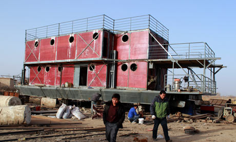 ark-like vessel under construction in China