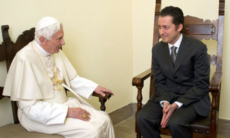 Pope pardons ex-butler who stole, leaked documents