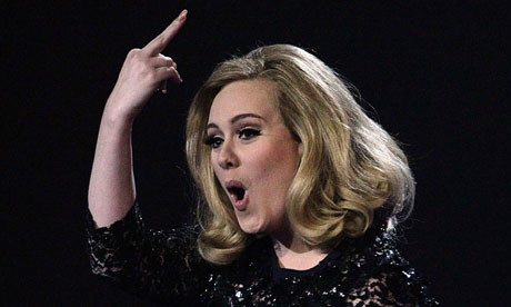 Adele gives the finger at the Brit awards, February 2012