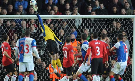 David De Gea 008 Fleet Street hail Valencia & De Gea as Manchester United close in on the title