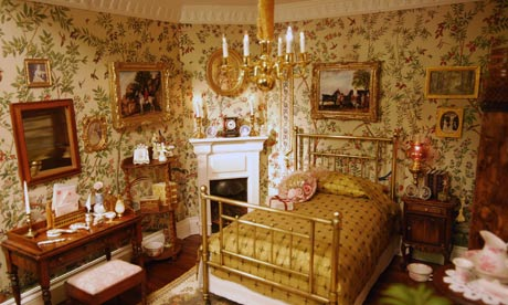 Victorian fantasy: the lady of the house's bedroom in the doll's