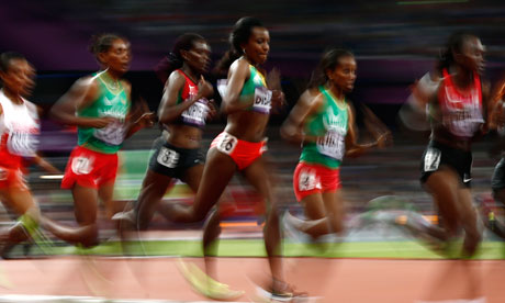 Runners in the women's 10,000m final