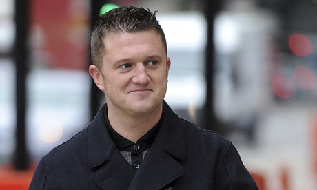 Tommy Robinson (Stephen Yaxley-Lennon), and Kevin Carroll in court