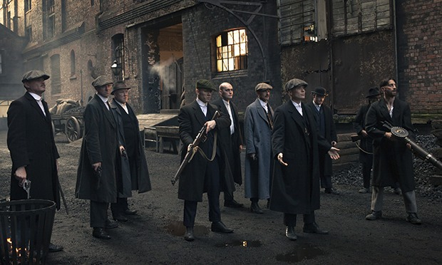 http://static.guim.co.uk/sys-images/Guardian/About/General/2013/10/17/1382030370677/Peaky-Blinders-gang-lined-011.jpg