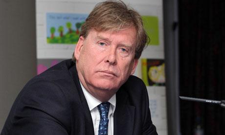 Simon Burns resigned as transport minister to run for deputy speaker.