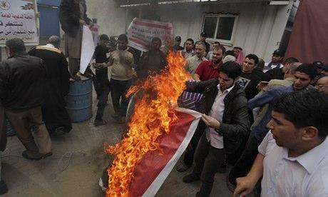 Palestinians burn Angola's flag