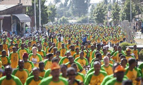 Mass of runners in Great Ethiopian Run