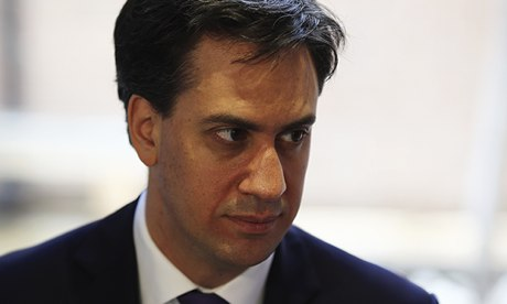 Ed Miliband sets out tax rebate plan for living wage