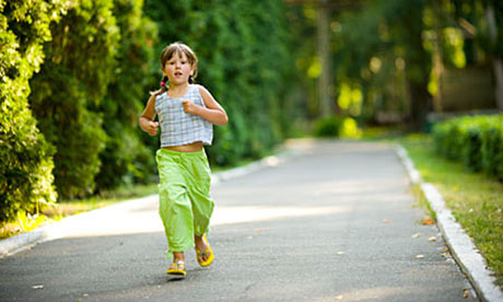 should i make my children take more exercise life and style get your kids to brush and rinse 460x276
