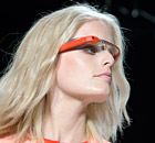 http://static.guim.co.uk/sys-images/Guardian/About/General/2013/3/6/1362576585746/A-model-with-Google-Glass-004.jpg