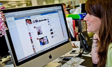 social media monitoring news sites