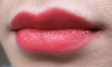 Facegoop: bright lipstick
