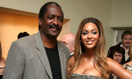 Beyoncé Knowles and father Mathew Knowles in 2007