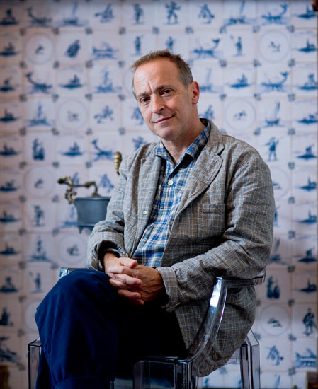 humor essays david sedaris Recently made the mistake of reading david sedaris he's in the process of figuring out how to go beyond the short humor piece, and the essays in ''naked.