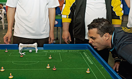 Subbuteo: welcome to the little league But why would grown men spend their spare time flicking miniature footballers around a table-top pitch? Subbuteo virgin Stuart Heritage joined the big guns to find out