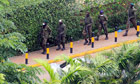 Kenyan soldiers take position outside the Westgate shopping centre