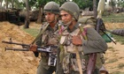 sri lanka soldiers look for tamil rebels