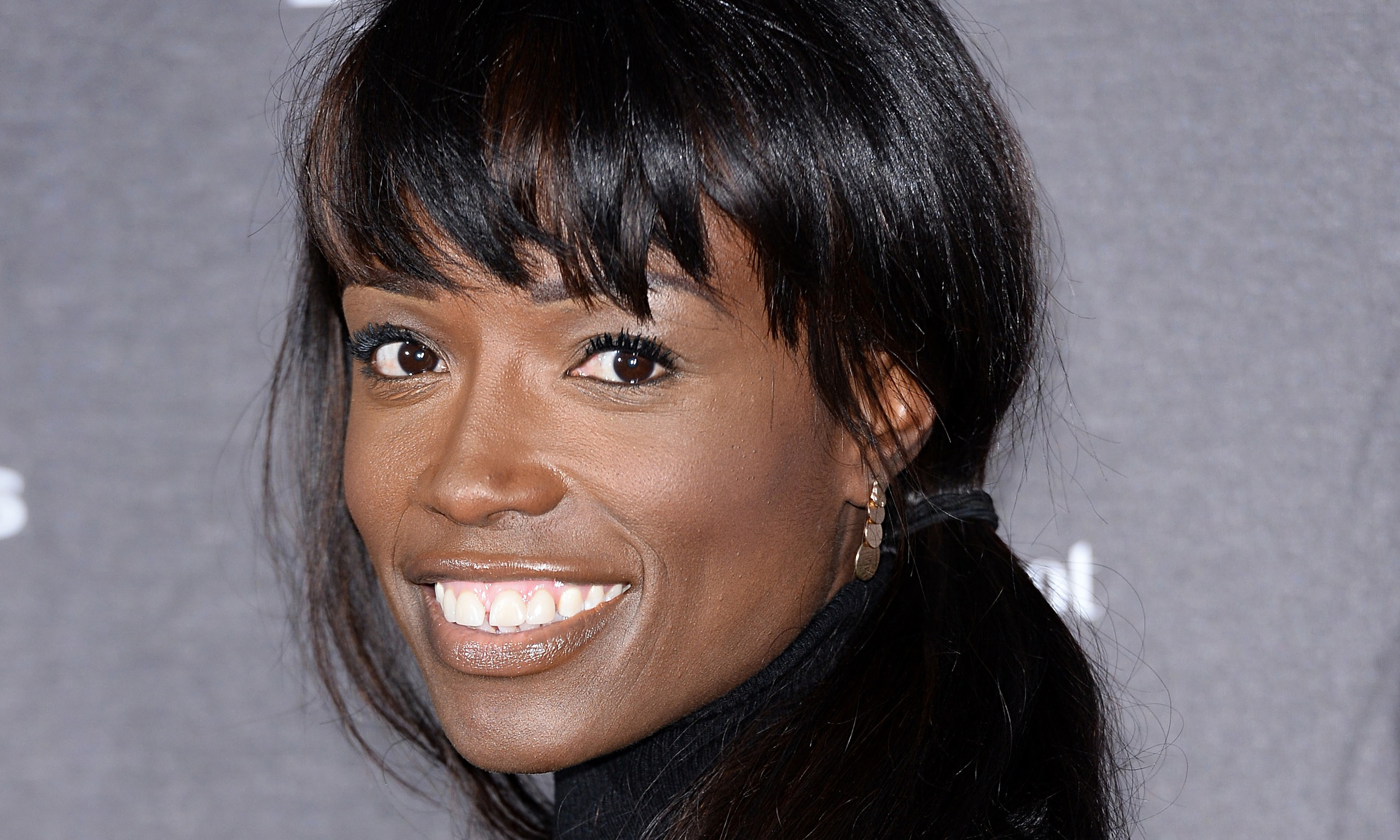 how tall is lorraine pascale