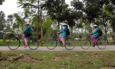 Bangladeshi 'info ladies'