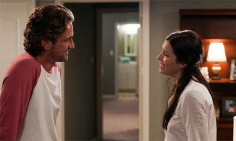 Gerard Butler and Jessica Biel in Playing for Keeps